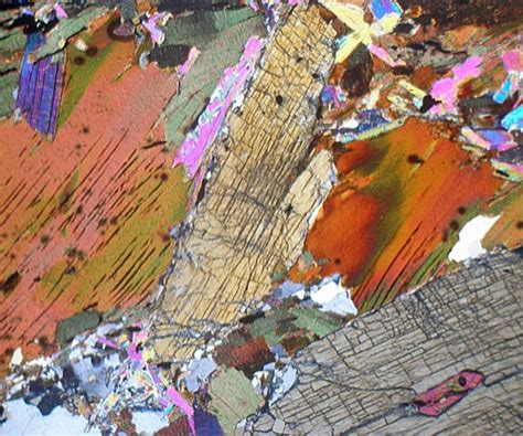 kyanite thin section garnet kyanite biotite mica schist canada thin section