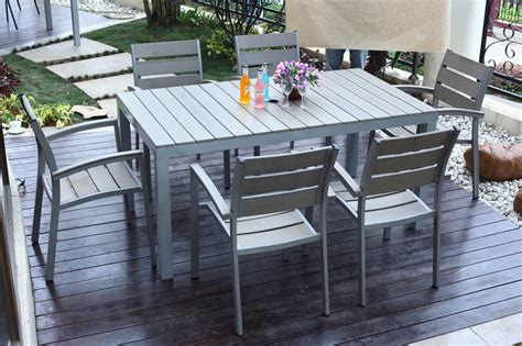 Contemporary Outdoor Furniture As A Companion To Nature Outdoor Patio Tables And Chairs