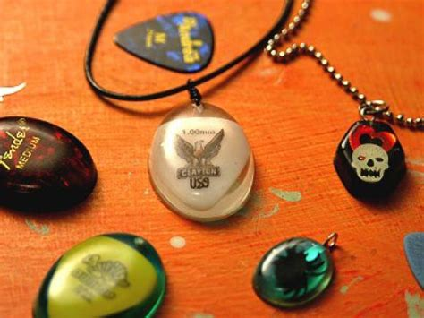 guitar jewelry how to make 15 diy guitar necklace guide patterns