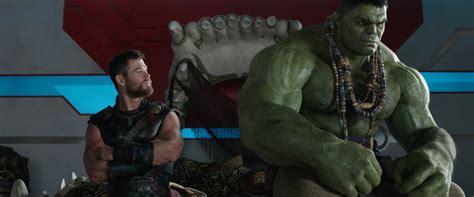 Marvel Thor Ragnarok Poster Trailer And Movie Stills