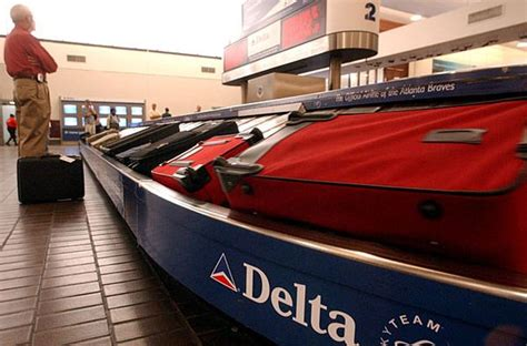 delta air lines baggage fees delta pr machine pushing back on bag fee lawsuit