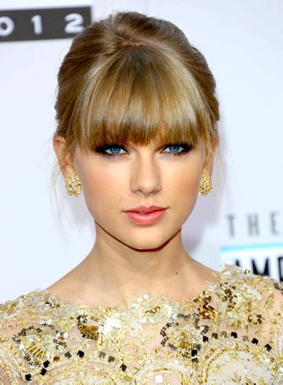 full biography of taylor swift taylor swift biography profile pictures news