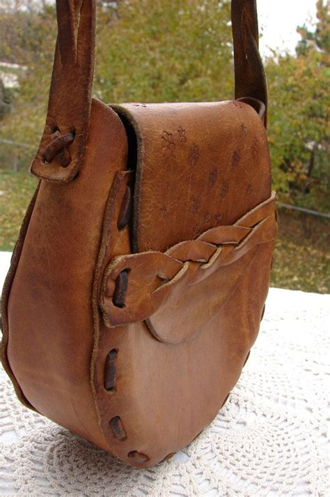 1940s 1950s vintage mexican tooled leather solid