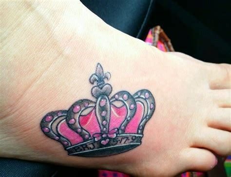 tattoo i am queen 17 best images about tattoo ideas on pinterest crown
