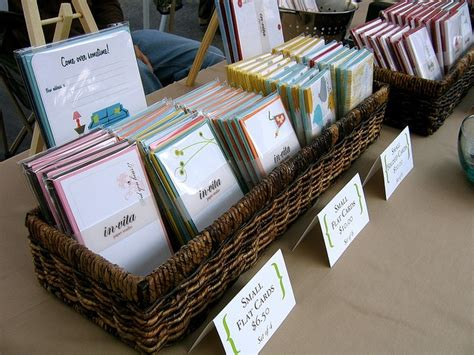 Paper Craft Ideas For Craft Fair - 25 best ideas about card displays on stall