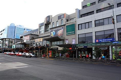newmarket shopping auckland photo