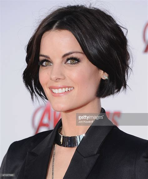 female actresses severe short hair marvel s quot avengers age of ultron quot los angeles premiere