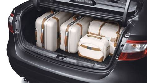 renault fluence trunk renault fluence price in india review images renault cars
