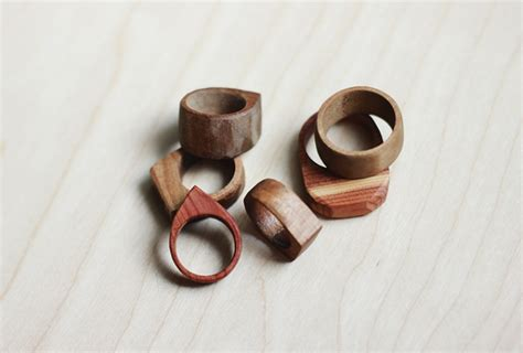 how to make wooden jewelry 20 easy woodworking projects for beginners