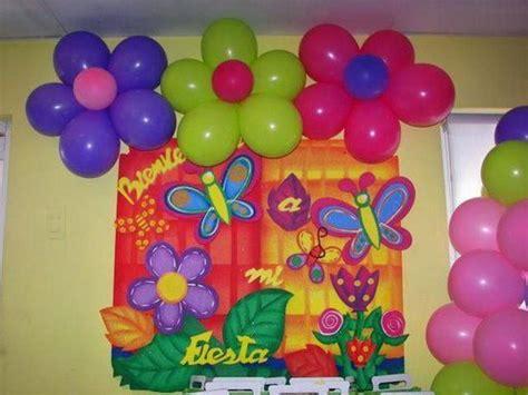 decorar globos superheroes flores de globos cumple elena pinterest fiesta de