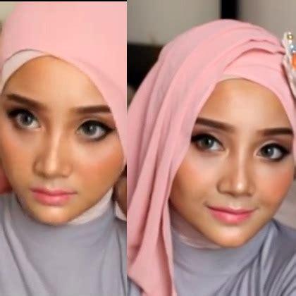 tutorial jilbab saat wisuda tutorial hijab untuk wisuda dari vlogger cantik linda kayhz