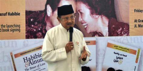 film indonesia di malaysia dicemoh di malaysia film habibie dan ainun tetap masuk