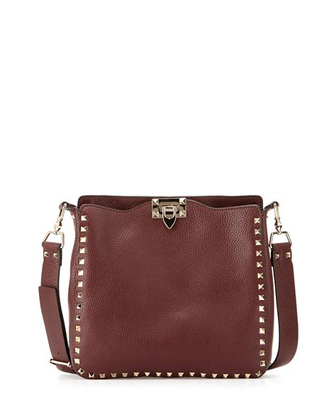 v entino hobo valentino rockstud small leather hobo bag in brown lyst