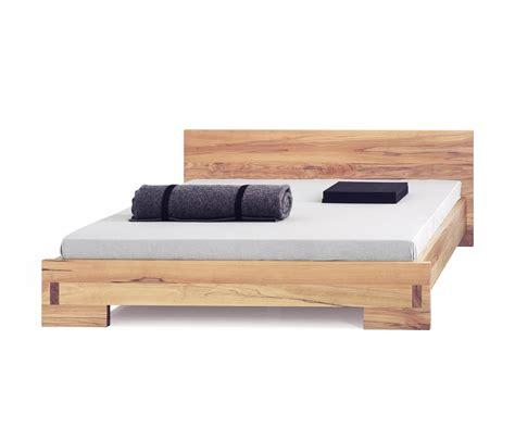 zen beds zen 10 bed double beds from holzmanufaktur architonic