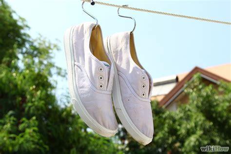 Sepatu Lembut Bahan Kanvas cara mencuci sepatu bahan kanvas