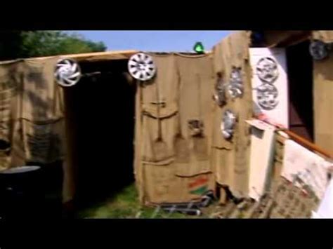 Teen S Backyard Haunted House Shut Down Youtube Backyard Haunted House Ideas