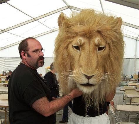 film lion visualfx howard berger owner of knb and the animatronic aslan