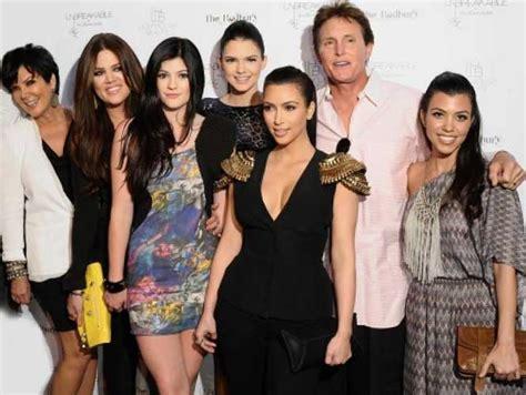 imagenes de la familia kardashian familia kardashian renueva contrato de reality por 100 mdd