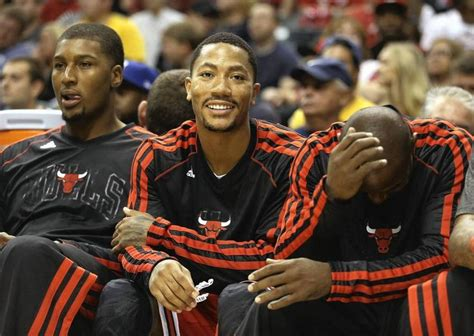 derrick rose on bench 341 best images about chicago bulls on pinterest game 3