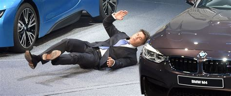 Ceo Of Bmw by Bmw Ceo Harald Krueger Collapses At Frankfurt Auto Show
