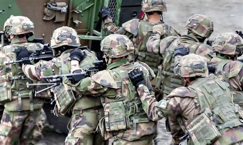 Us Army Email Address Lookup Army And Us Marines Squad Offensive Attack Aiirsource