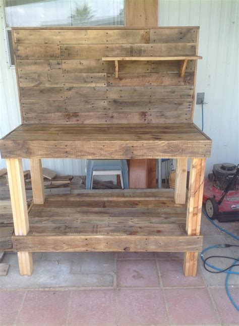 wood pallet potting bench potting bench made from repurposed wooden pallets 1001