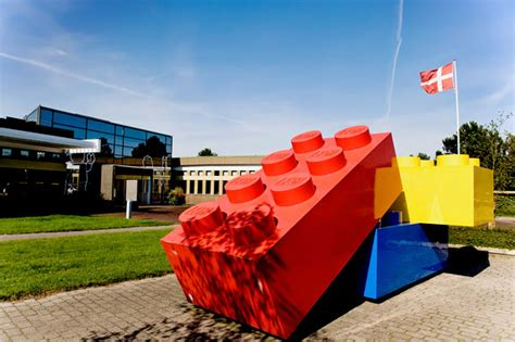 Lego Headquarters by Lego Now World S Most Valuable Toy Company Kollectobil