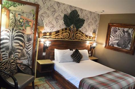themed hotel england separate childrens area picture of chessington safari