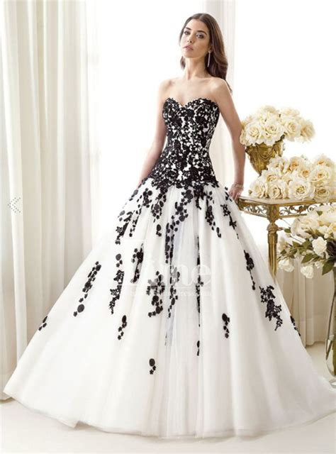 And White Wedding Dresses by Black And White Wedding Dress Ideas Wedding Accessories