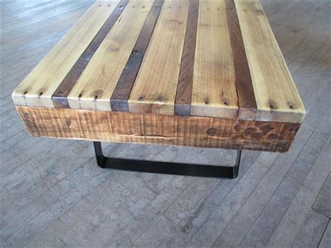 diy pallet coffee table with flat steel legs pallet furniture plans