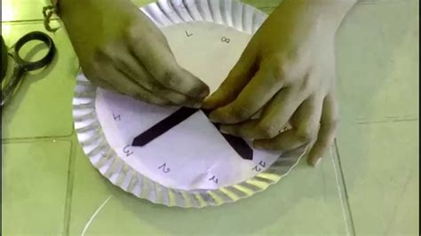 How To Make A Clock Out Of Paper - how to make an simple paper plate clocks for easy