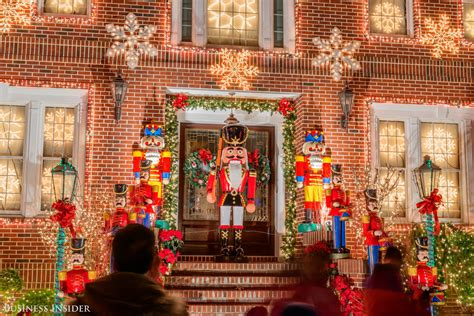 Dyker Heights Lights Address by Hypegram This Neighborhood Has The Best
