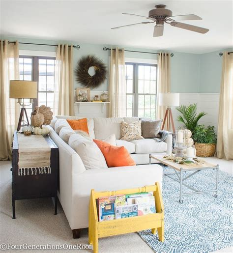 cheap yet chic 8 living room ideas for little to no money from the archives greatest hits 9210 best images about feather my nest on pinterest