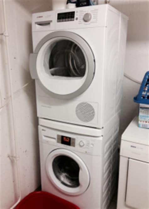 waschmaschine und trockner in der küche kann die waschmaschine auf den trockner stellen