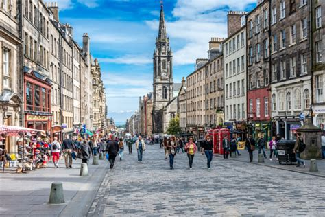 edinburgh consults  city centre speed restrictions air