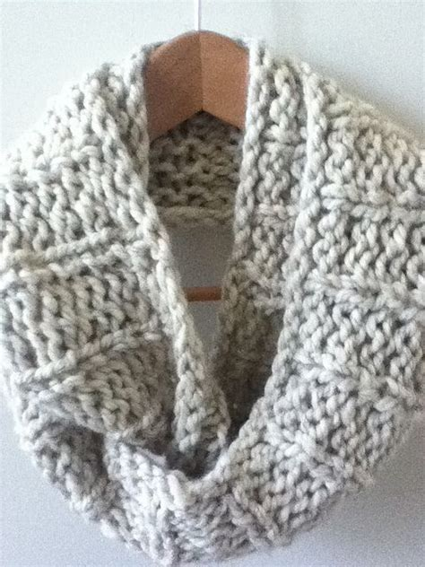 easy knitted infinity scarf knit infinity scarf designs and patterns world scarf