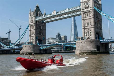 fast boat in london speed it like beckham with new boat ride on thames fast