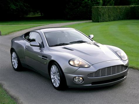 aston martin bond aston martin v12 vanquish bond wallpaper 1024x768
