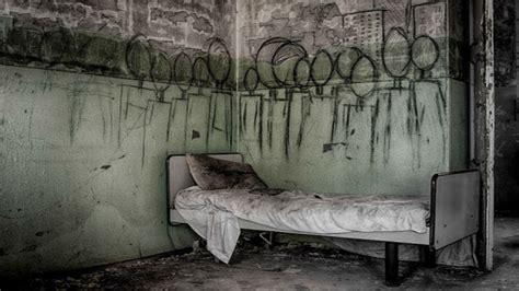 fotos antiguas espeluznantes 13 espeluznantes im 225 genes de hospitales psiqui 225 tricos
