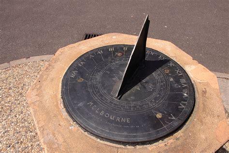 what is a sun l sundial