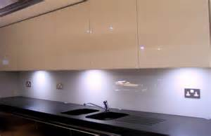 wonderful Wall Covering For Kitchens #1: kitchen_fitted_with_opticolour_oyster_glass_splashbacks_10.jpg