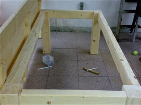 tisch mit feuerstelle selber bauen terassentisch aus massiver fichte bauanleitung zum selber