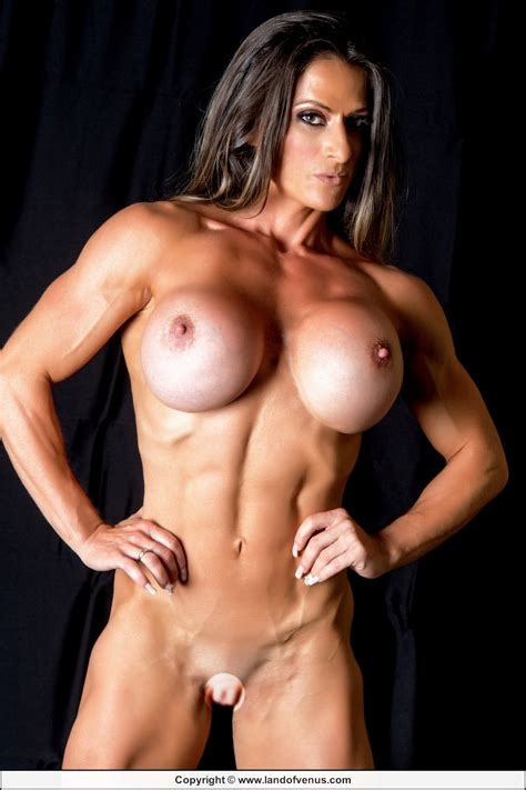 Nude Female Muscle August