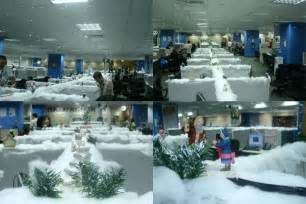 Decorated cubicles for christmas season cubicles com