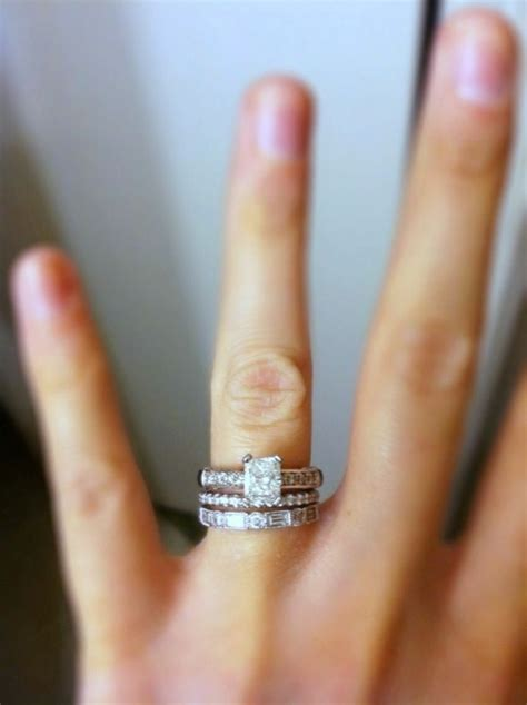order of wedding band and engagement ring