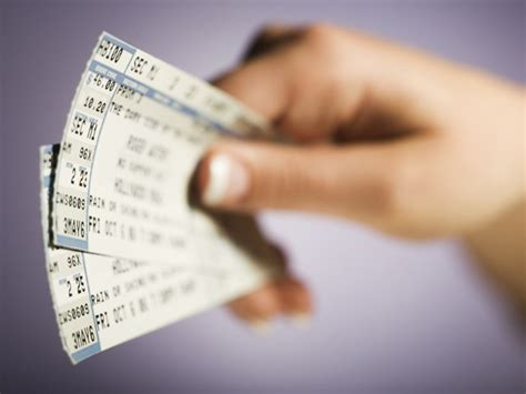 the quick guide to making profit by selling tickets online