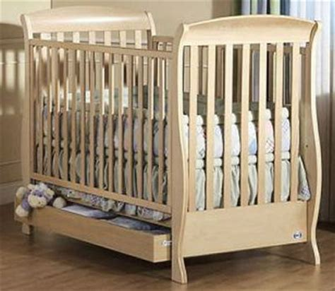 Used Baby Crib by Baby Cribs Used Or Pre Owned Pali Baby Cribs For Emily