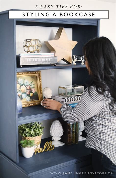 how to a bookcase 25 best ideas about decorating a bookcase on