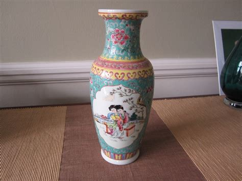 Vases Worth Money are early 20th century vases worth any money