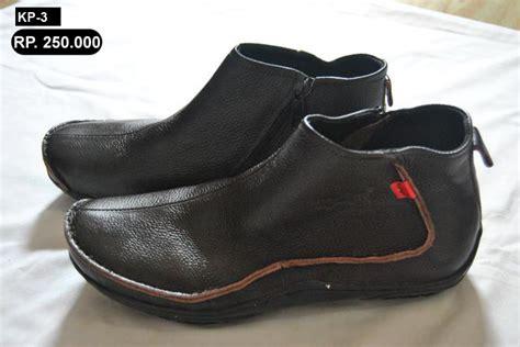 Kickers Boots Kulit 27 jual sepatu kulit pesan sepatu murah 085646750558 pin